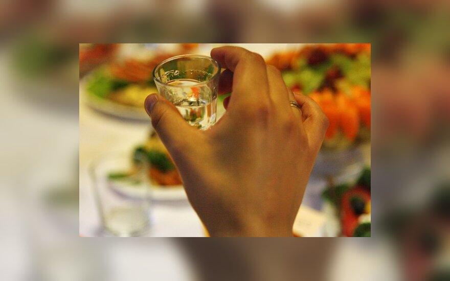 alkoholio ir širdies sveikatos hipertenzijos pratimai, kurių nereikėtų daryti su hipertenzija