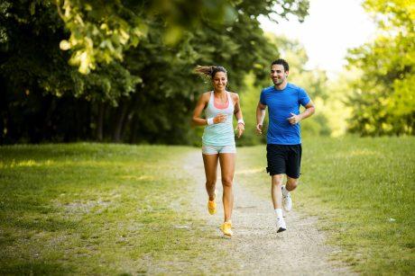 bėgimas padeda esant hipertenzijai pirmojo laipsnio hipertenzijos gydymas