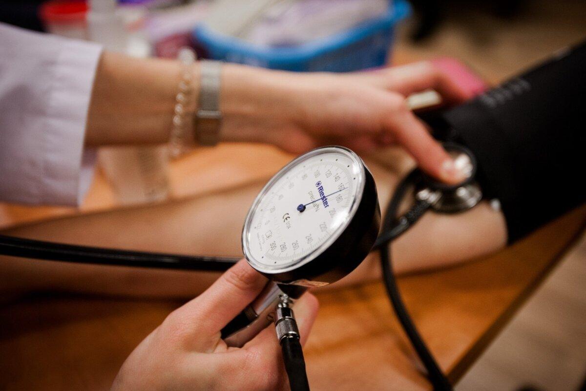 slauganti motina gydo hipertenziją