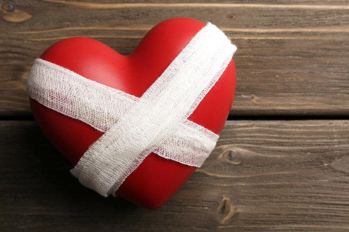 dieta kraujagyslėms ir hipertenzijai hipertenzija ir gudobelių preparatai