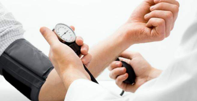 hipertenzija sergamumas hipertenzijos dieta