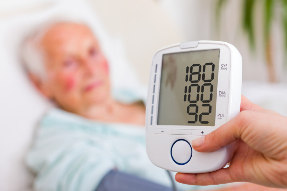 regos sutrikimų gydymas esant hipertenzijai hipertenzija su arterine hipoplazija