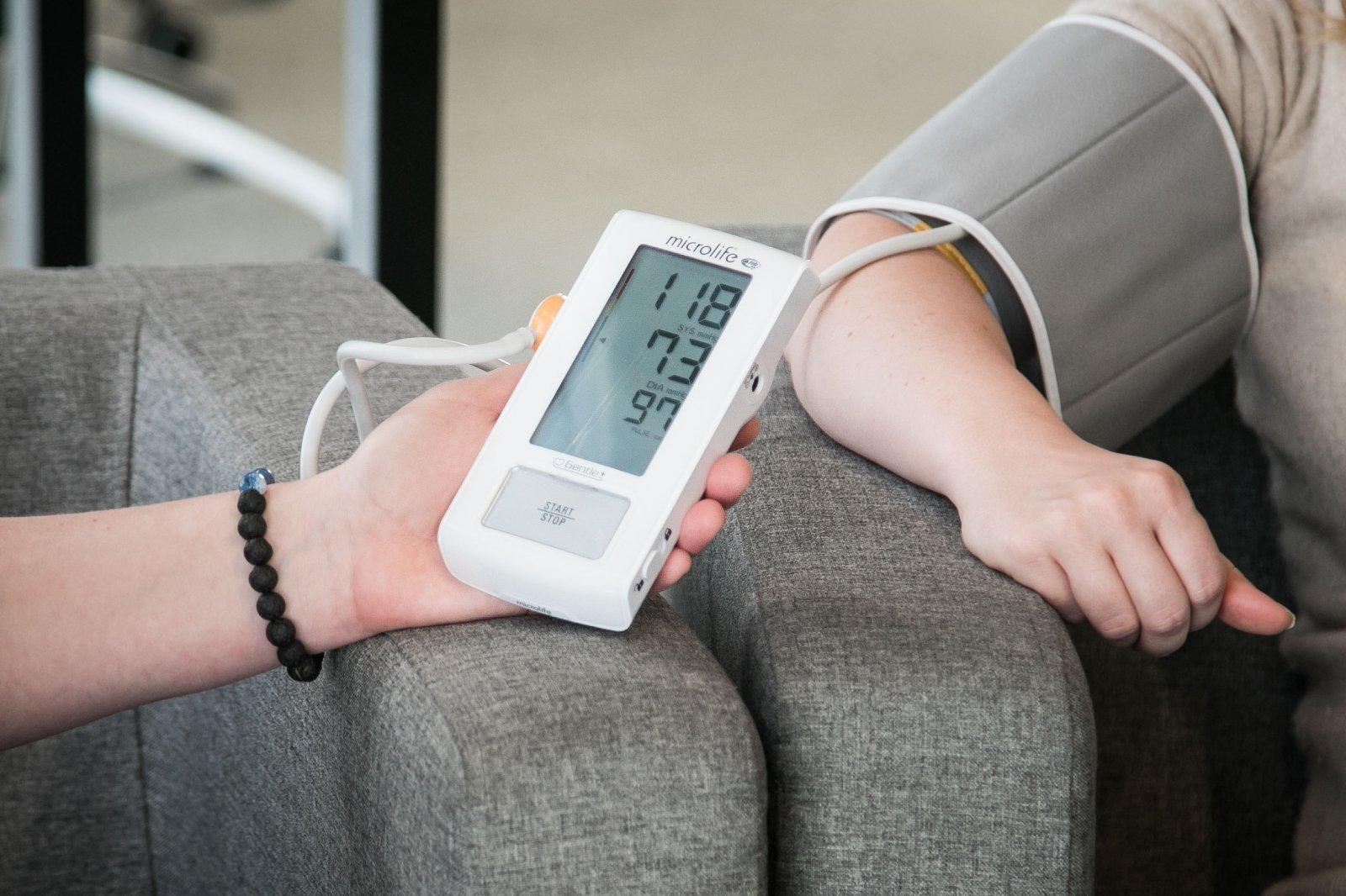 kodėl atsirado hipertenzija