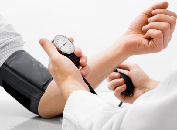 sergant hipertenzija, kas nutinka indams